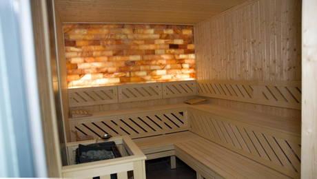 Saune cu pereti din sare