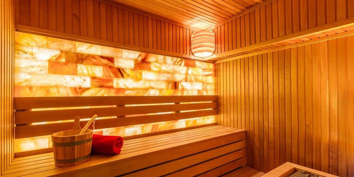 Sauna finlandeza vs. baia cu aburi